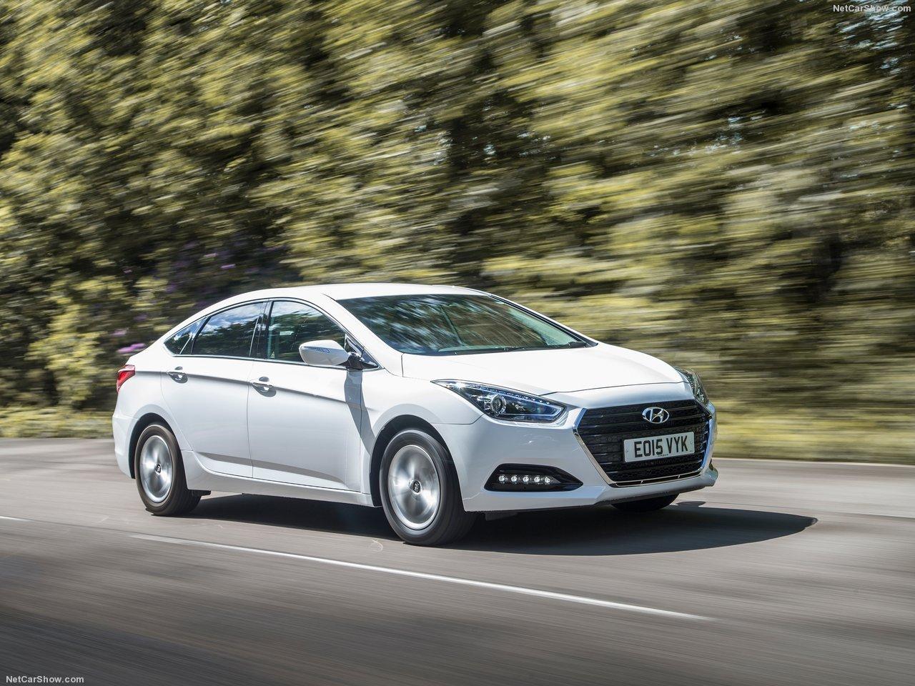 Hyundai i40 2018 - комплектации, цены, фото и характеристики