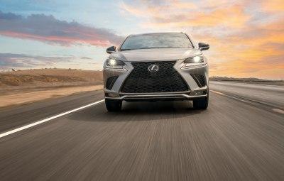 Lexus NX 2017: комплектации, цены и фото