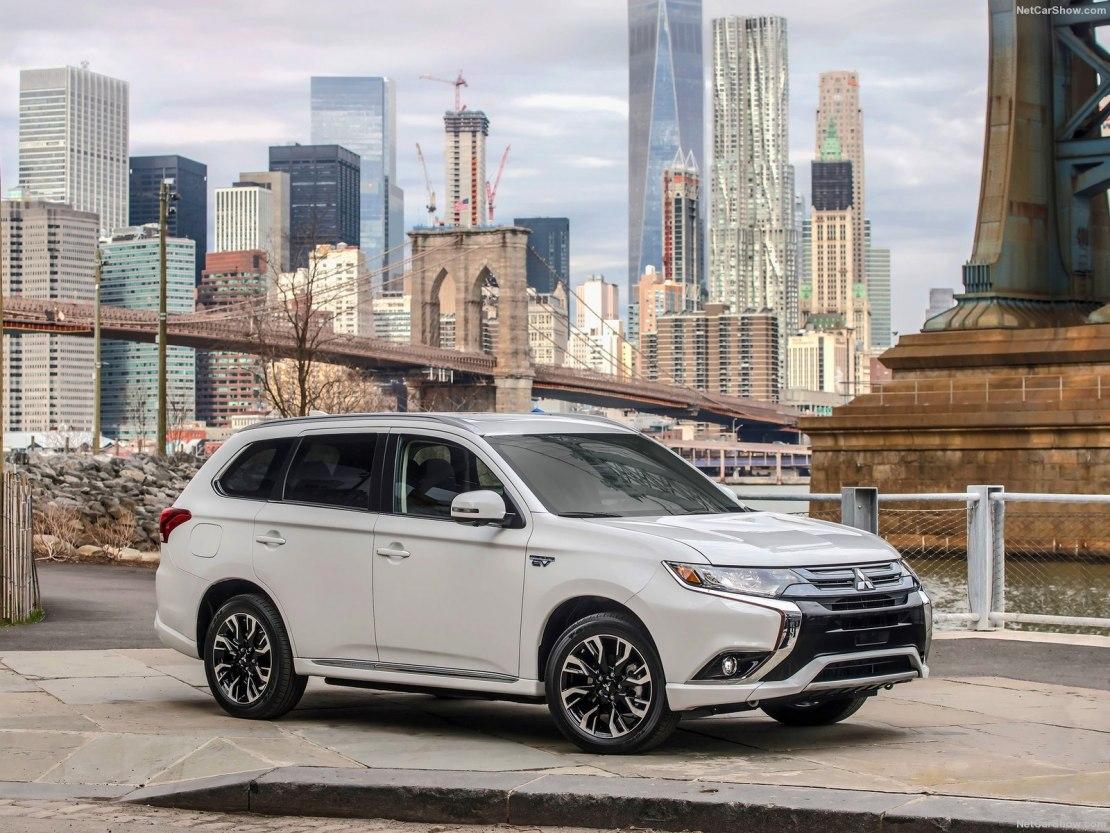 Mitsubishi Outlander 2019 года получил точечные обновления