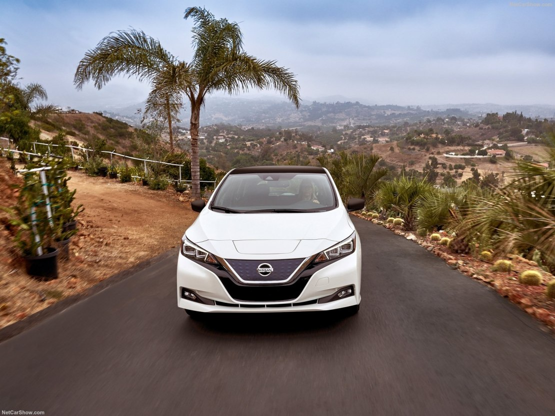 Nissan Leaf 2020: обновление японского электрокара с широким списком оснащения, мультимедиа по доступной цене
