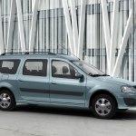 «АвтоВАЗ» готовится к выпуску Lada Largus FL. Уже собраны первые прототипы.
