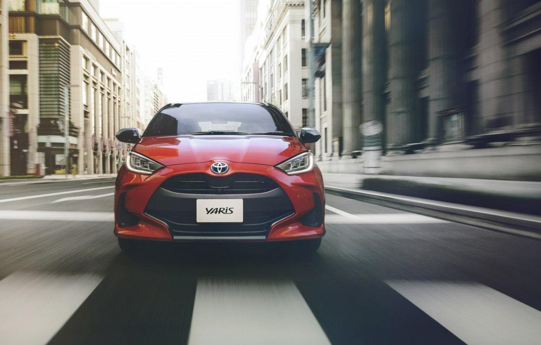 Тойота Ярис 2020 – аккуратный авто с мощными системами безопасности, расширенным салоном и демократичной ценой